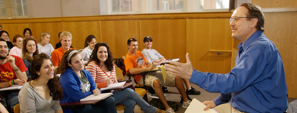 Volunteering to speak to a class is one way you can support the University of Florida.